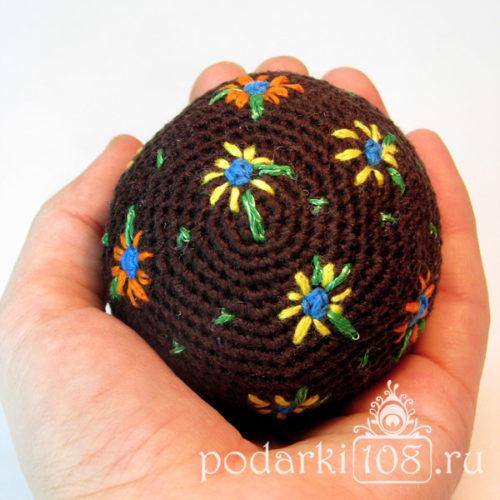 Вязаный мяч-погремушка Цветик