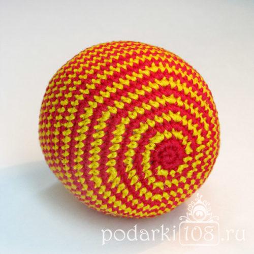 Вязаный мяч-погремушка Полосатик