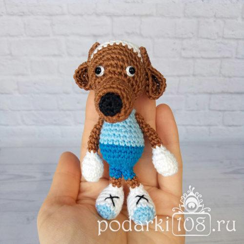 Вязаная собака Рузи собачка на ладошку