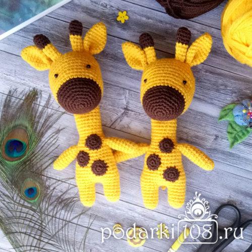 Вязаная игрушка Жираф Феникс
